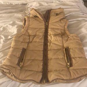 Jackets & Blazers - Tan puffer vest nwot